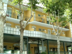hotel-silvaion-villamarina