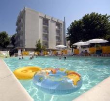hotel-villa-del-parco-marebello