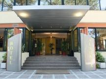 hotel-ausonia
