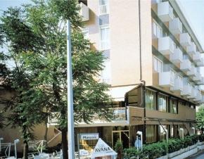 hotel-garni-avana