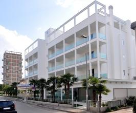 hotel-oceanomare-punta-marina-terme