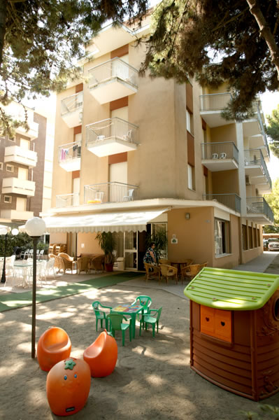 Park hotel pineta cervia - Hotel jesolo 3 stelle con piscina pensione completa ...